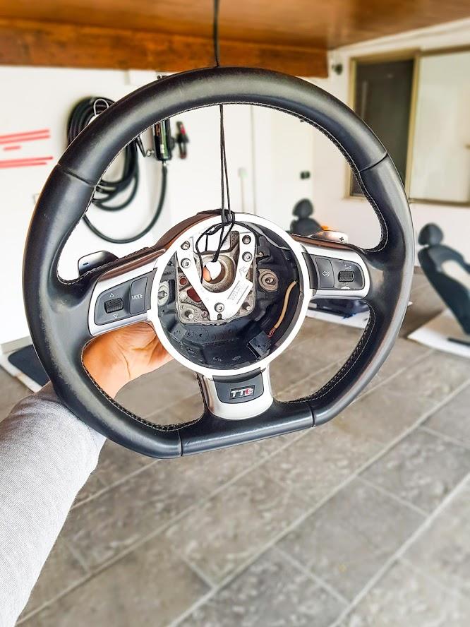 Kit Gentleman Leather + Aerografo Vs Volante Audi TTs  3