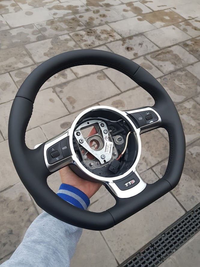 Kit Gentleman Leather + Aerografo Vs Volante Audi TTs  7